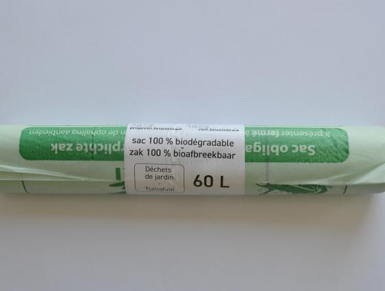 Obligation to use biodegradable green bags from Bruxelles-Propreté