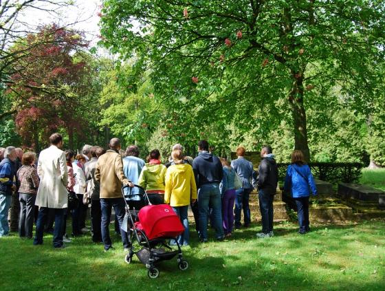 Walk. Meudon Park