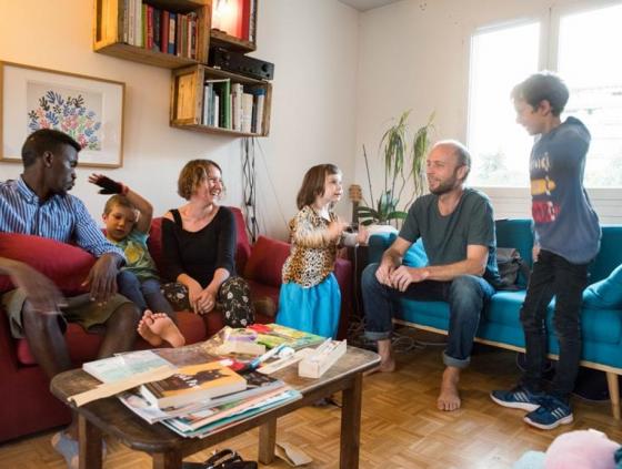 Hosting refugees at home?