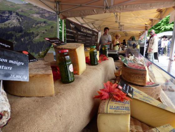 A market in the European quarter?