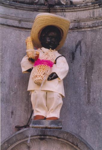 Manneken-Pis and El Salvador