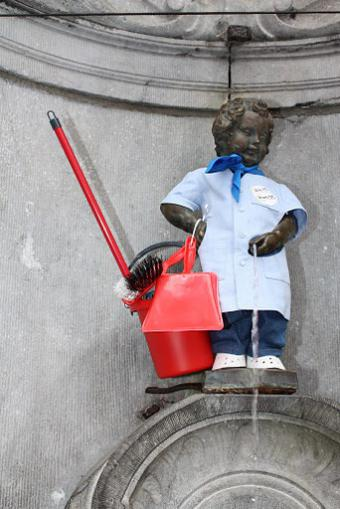Manneken-Pis and service vouchers