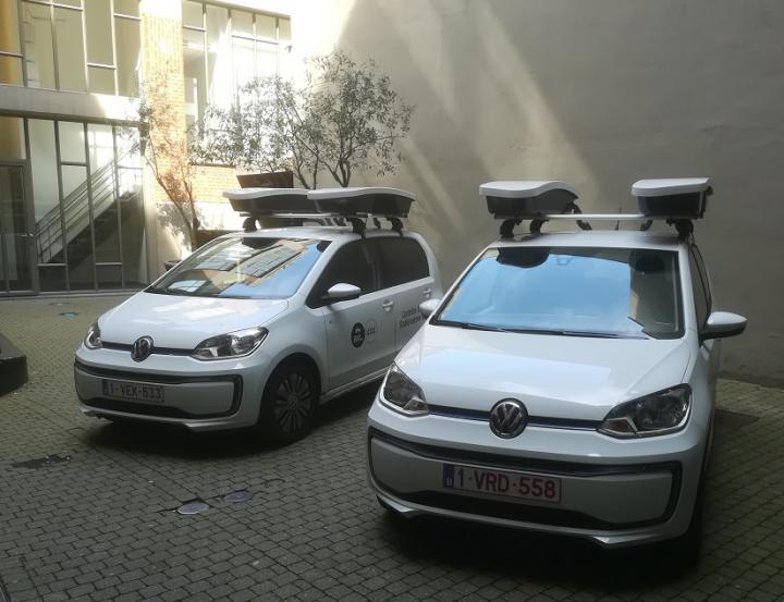 Scan cars check parking of vehicles