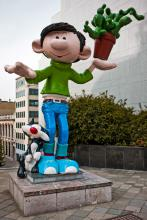 Statue of Gaston Lagaffe (Franquin) - Boulevard Pacheco - click to enlarge